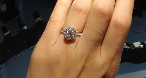 一克拉钻石多大 一克拉钻石价格图片