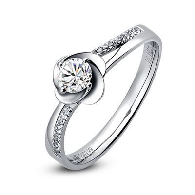 钻石经典款式,钻石经典款式有哪些生活